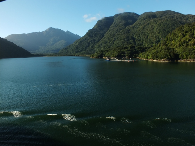 The approach to Puerto Chocabuco which is also the beginning of the Chilean Fjords.